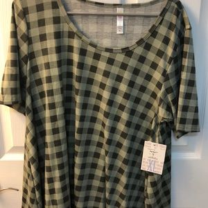 LuLaRoe Perfect Tee Brand new with the tickets